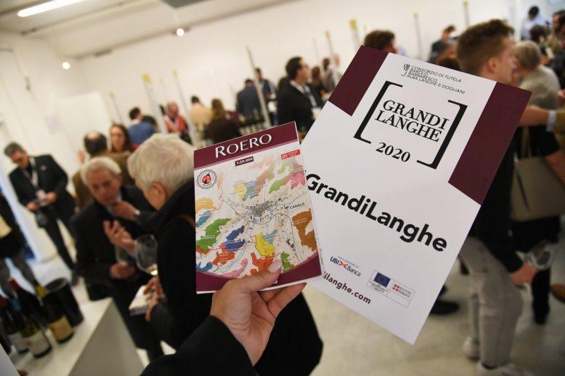 GRANDI LANGHE 2020: OLTRE 2 MILA PROFESSIONISTI DEL VINO DA 34 PAESI DEL MONDO - Grandi Langhe